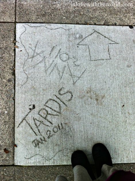 TARDIS | Feet Friday | inlovewiththeworld.com