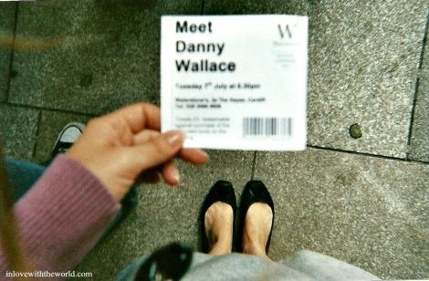 Meet Danny Wallace | Feet Friday | inlovewiththeworld.com