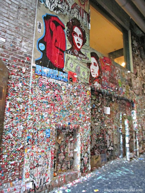 Gum Wall | inlovewiththeworld.com