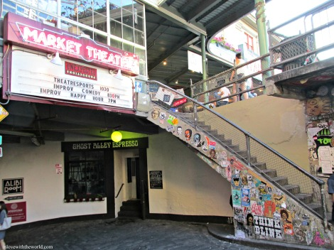 Market Theater @ Pike Place Market | inlovewiththeworld.com
